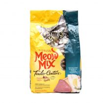 Meow Mix Tender Centers Tuna & Whitefish Flavor Cat Food 1.36 Kg